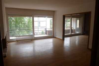 5 bedroom apartment in Pedralbes area of Barcelona with 3 parking spaces